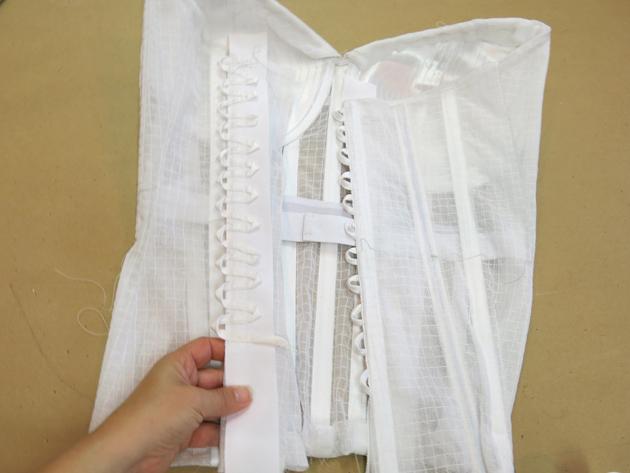 Loula's corset back loops