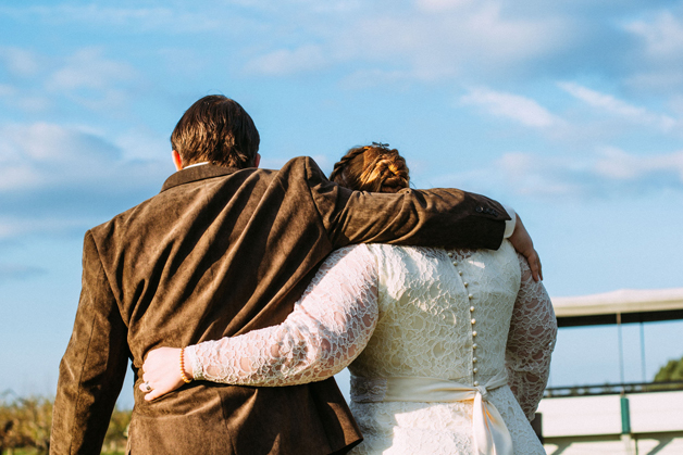 Caitlin's wedding day by Lulu Lovering Photography