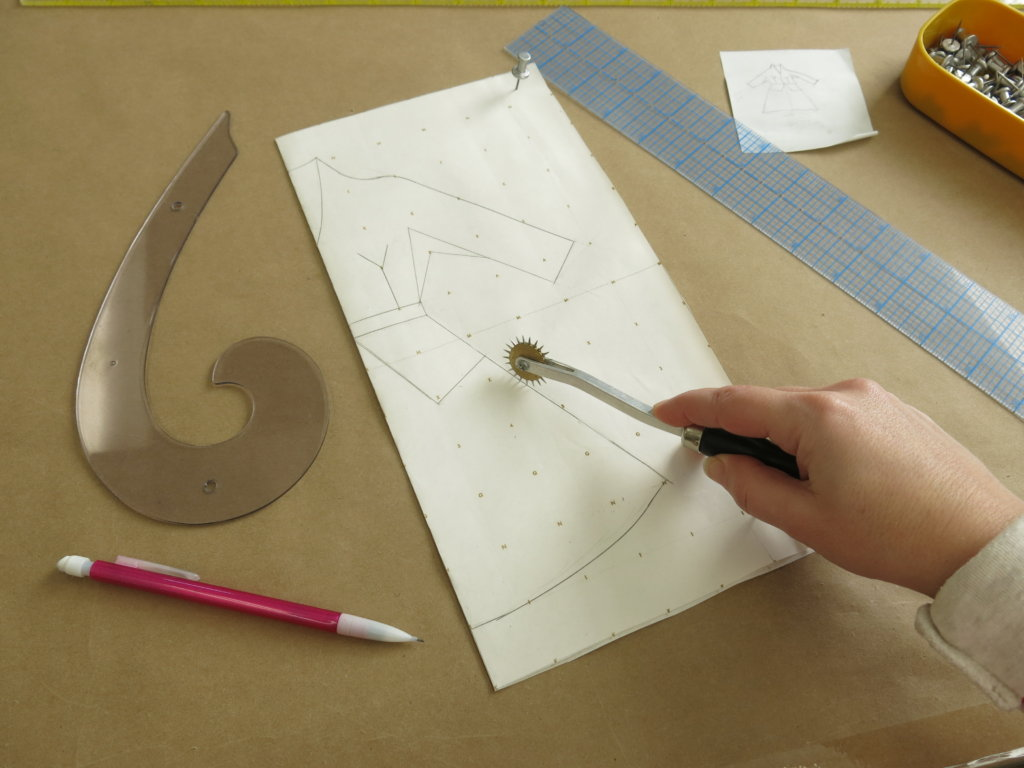tracing the design
