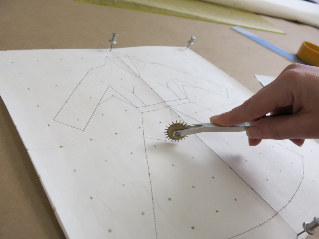 tracing with the spiky wheel